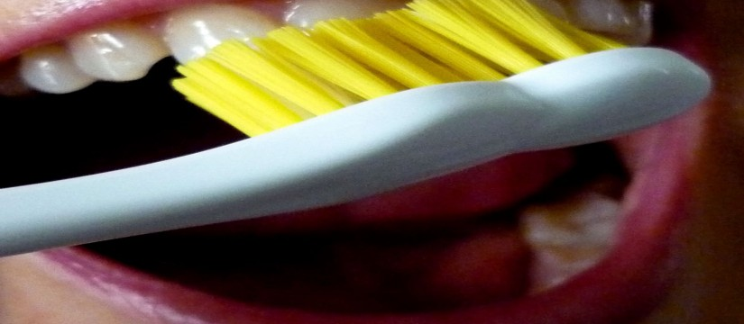Cepillado_dental_-_xornalcerto